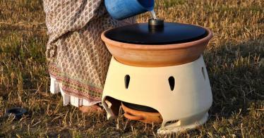 Dieses Gerät verwandelt Salzwasser durch Sonnenlicht in Trinkwasser (Video)